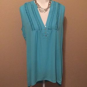 Gibson and Latime turquoise medium top